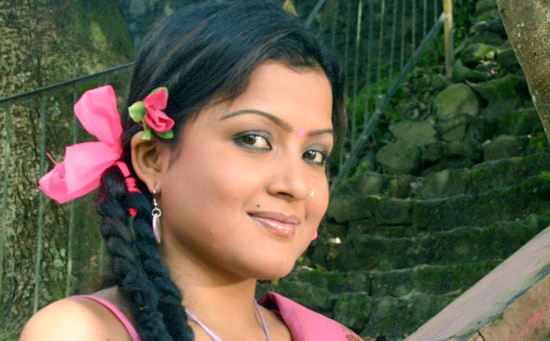 rekha thapa